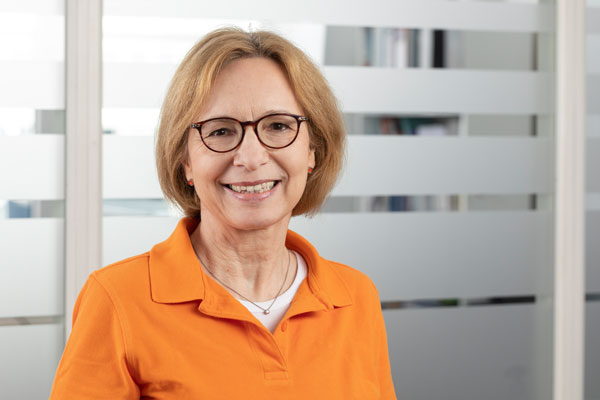 Dr. med. Ulrike Dente-Latossek
